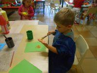 Nous réalisons des empreintes de nos mains .
