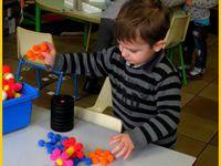 Les puzzles, constructions, et le loto tactile...