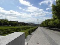 Vue depuis le haut du Parc, Partie haute du Parc, Colline du Château Saint Jorge, descente du Parc