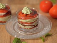 Tomates-mozza &amp&#x3B; chantilly au basilic