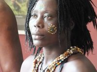 les artistes de l'espace Linga Téré de Bangui (Centrafique) en spectacle à la maison de l'Environnement de Montgeron samedi 10 mai
