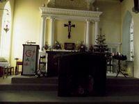 Petite église typique aussi, avec le vieux cimetière, qui s'enorgueillit de plusieurs ifs centenaires...