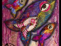 À voir une trentaine de poissons de La Criée...ainsi que les cartes postales La Criée, en vente à la galerie