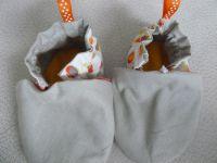 création d'une paire de chausson bébé.