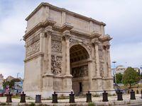 Quelques vues du quartier du Panier, de la Porte d'Aix