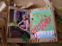 http://luniversdegarfield59.over-blog.com mini album scrap jardin recup carton jardinage