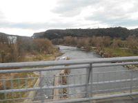 """Pause """"attente"""" au magnifique village de la Bastide Virac puis passage de la rivière Ardèche vers Vallon."""