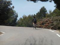 Les côtés de la route du col ont été nettoyés ça le rend encore plus beau avec une vue sur le Vallon.