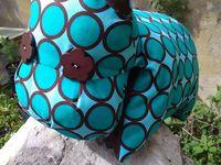 Septembre : une veste (boutons toujours pas posés!), un coussin hippo pour Gaspard et une chemise de nuit pour Emma