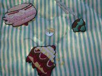 robe 'combat de gâteaux par 2 ptts ours', portée par OPELIE & ISAURE