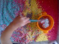 Activité avec du riz coloré