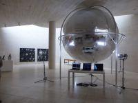 Vues de l'exposition Eppur' si muove. Art et technique, un espace partagé, Mudam, Luxembourg © Le Curieux des arts Gilles Kraemer, présentation presse, juillet 2015