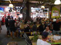 Ambiance sympa mais chaleur étouffante au marché de Hout bay!