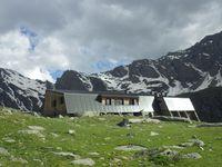 247 - Mont Viso, reserve naturelle et refuge