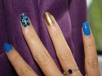 Nail art en nuance de bleu...