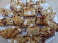 CAKE OLIVE-FETA-TOMATES SECHEES
