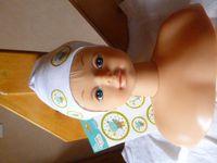 Cette tête à coiffer appartenait justement à ma nièce, la maman du bébé à qui est destiné le bonnet,
