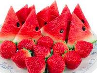 Salade de fraises et pastèque