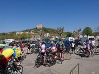 Le club cyclo de Crest, au départ. Le RDV du Champ de Mars
