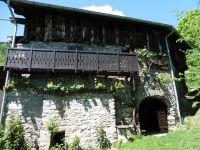 """Au hameau du Villard, la chapelle et """"l'oiseau de feu libérateur""""."""