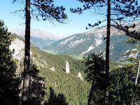 La source de la Fournette, une vue depuis le Belvédère et le retour au village.