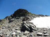 La cime de la Jasse avec son névé. D'en haut, la Chartreuse.
