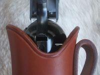 PHOTO 7 'a 12 : holster formé, détails de l'ouverture du holster