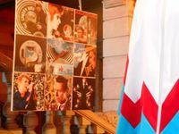 Mon Bowie's Cube (9 tableaux en hommage à David Bowie) est exposé jusqu'au 24 octobre au château de Jarez, à Saint-Chamond, près de Saint-Etienne (42) dans le cadre du Rhino Jazz Festival dont le thème, cette année est le Thin White Duke.