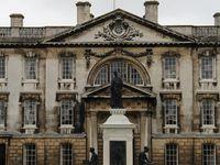 Visite expresse dans la ville de l'élite étudiante anglaise: Cambridge