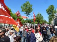 100 000 à Paris 10 000 à Marseille