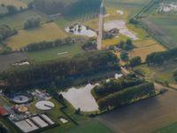 Photographies d'Aniche prises depuis un hélicoptère en juillet 2001.