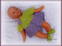 """04.08.2014 - Petit ensemble """"Bébé Préma N°1"""" robe et chaussons au crochet."""