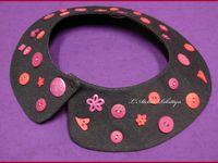 2012.03.08 - Col Claudine amovible en Jean customisé de boutons roses