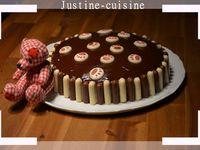 Gâteau d'anniversaire bicolore