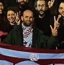 Koray Çapoglu habitait à Of, département de Trabzon, sur la mer Noire. Il avait participé au mouvement de Gezi et à divers mouvements environementaux comme la défense des forêts de la mer Noire et le jardin public de Validebag à Üsküdar (Istanbul)