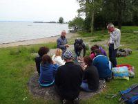 Petite pause pipi pour certains puis grosse pause casse-croûte au bord du Lac de Constance pour tout le monde !