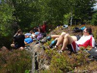Pique-nique et sieste sur le rocher Derzognier.