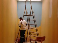 Des travaux de peinture (vestiaires)