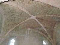 L'intérieur sobre de St Laurent