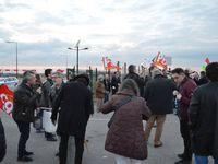 Concerts de casseroles et... d'applaudissements pour Fillon à Compiègne