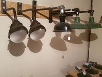 """DISPONIBLES. Prix suivant modèles. Superbes lampes Potence avec """"œil"""" d'origine en verre."""
