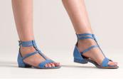 - Soldes Eram jusqu'à -50% et -20% en plus pour 2 articles achetés jusqu'au 15 juillet : sélection sandales et sacs