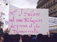 Il y au même une sourate qui condamnerait le meurtre. C'est dire si l'islam est une religion de paix (à moins que ce passage ne soit tronqué ?... )
