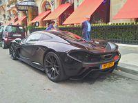 Supercars aperçues à Paris en 09/14: P1, Laferrari, Veyron légende, SLR 722...