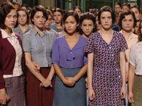 Fotos de la película y verdaderas fotos de las trece rosas : Blanca Brisac Vázquez, Julia Conesa Conesa y su hermana mayor, Martina Barroso