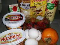 1 - Préchauffer le four à 180° (th 6). Faire fondre le beurre. Dans un récipient, verser le sucre glace. Faire un puits au centre et y casser les oeufs, mélanger pour obtenir une préparation homogène. Ajouter la poudre de noisette, le beurre fondu puis la crème liquide. Bien remuer et réserver la préparation au frais pendant 15 mn. Beurrer les moules et les remplir au 3/4. Mettre au four pour 15 à 20 mn en surveillant la cuisson. Une fois cuits, sortir du four, laisser tiédir et démouler les verrines de gâteau.