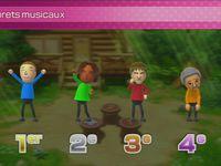 Différents résultats de mini jeu, le plateau et un mini jeu de course.