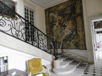 Esszimmer, Treppenhaus, Bibliothek, grosser Salon, einer der Salons