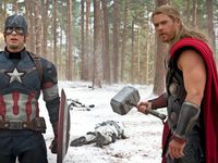 Tony Stark est bien ennuyé... Captain America et Thor se préparent à combattre !  Tony Stark is bored... Captain America and Thor are ready for combat!