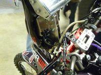 Le numéro 3 en souvenir de celui que Thierry Charbonnier portait sur sa Yamaha officielle, deuxième au Dakar 1993.